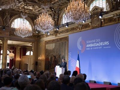 Σύμφωνα με τον Εμμανουέλ μακρόν, ο καιρός της λαϊκής κυριαρχίας τελείωσε