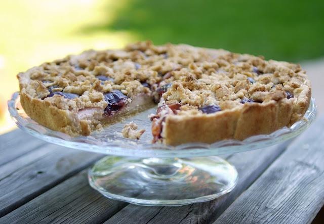Zwetschgen-Pudding-Tarte mit Streuseln | Backen | Kuchen