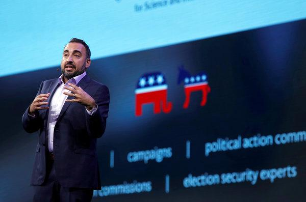 Former Facebook Security Chief Alex Stamos Urges Ceo Mark Zuckerberg To Step Down