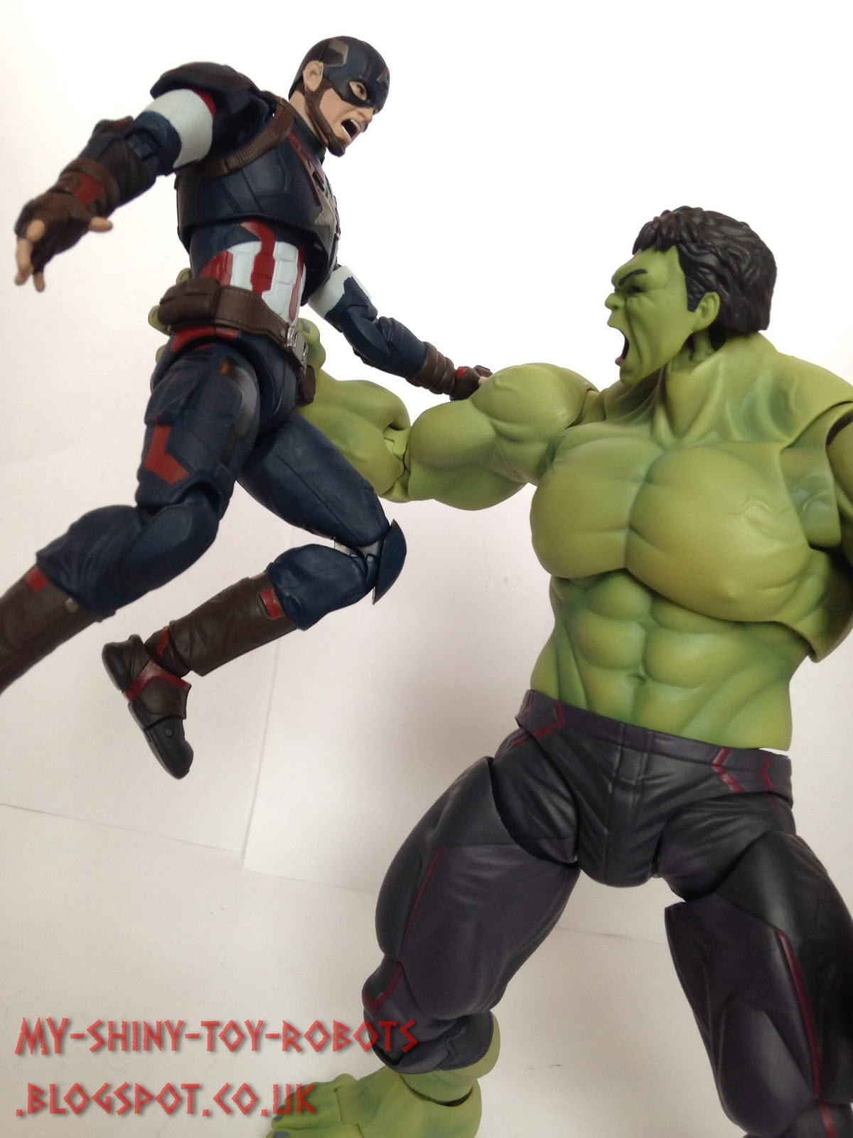 My Shiny Toy Robots  Toybox REVIEW  S.H. Figuarts Hulk 2413ee7a2