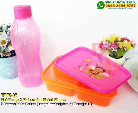 Set Tempat Makan Dan Botol Minum