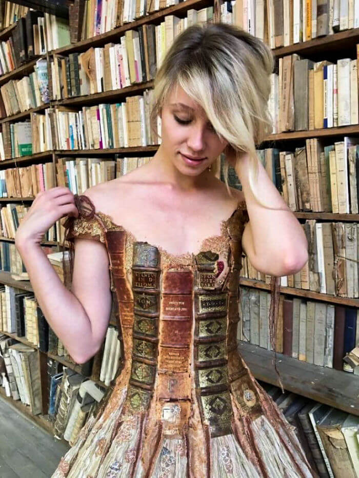 French Designer Uses The Spines Of Books To Create Extraordinary Dresses