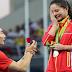 مفاجأة بالأولمبياد ..عرض زواج على الهواء مباشرة على منصة التتويج - شاهد بنفسك العجب