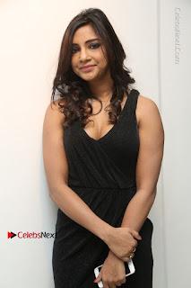 Telugu Actress Kamna Singh Stills in Black Dress at Bharat Thakur Art Exhibition Launch  0030.jpg