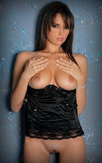 顽皮的女孩 - Ilona-S01-038.jpg
