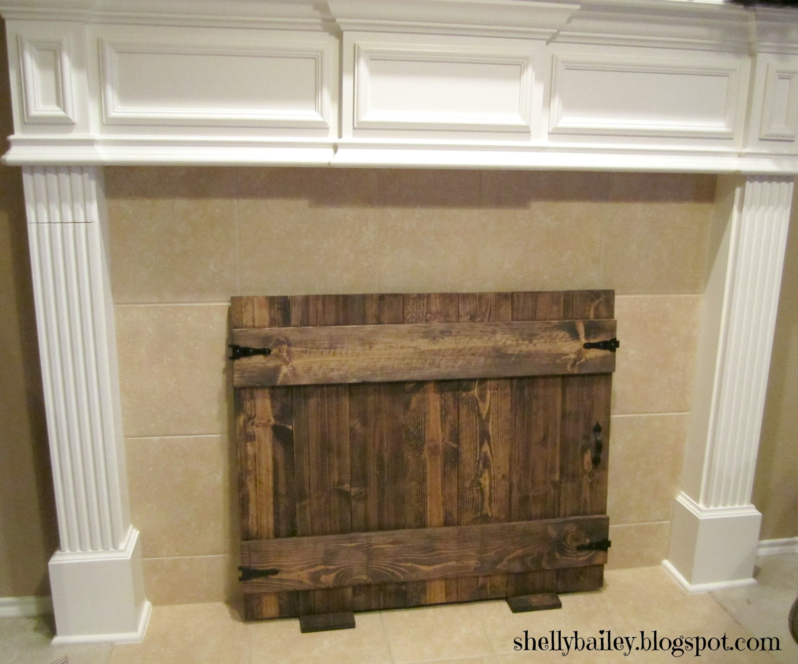 Shelly Bailey: Handmade Fireplace Cover