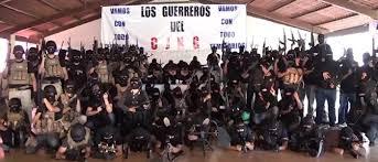 Sicarios del CJNG dejan cinco cabezas cercenadas arriba de taxi en Veracruz