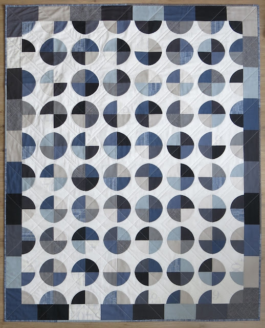 Luna Lovequilts - 66° Nord quilt - Amish Grace pattern