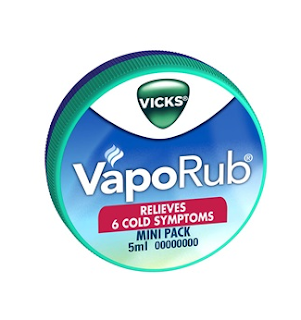 Vicks VapoRub Heal Cracked Heels