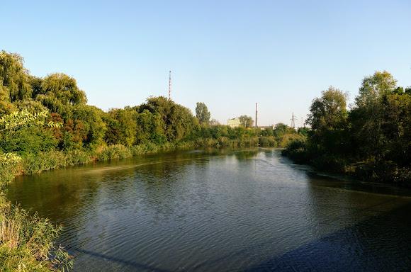 Костянтинівка. Річка Кривий Торець