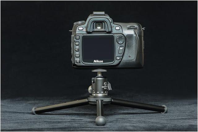 Sunwayfoto HB-01 Mini Ball Head on T1A11 II tripod