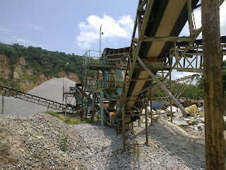 Vibrating Screen for sale, rock crushing machines, crusher parts, quarry crusher for sale