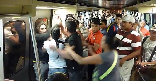 robo masivo en el metro de Caracas