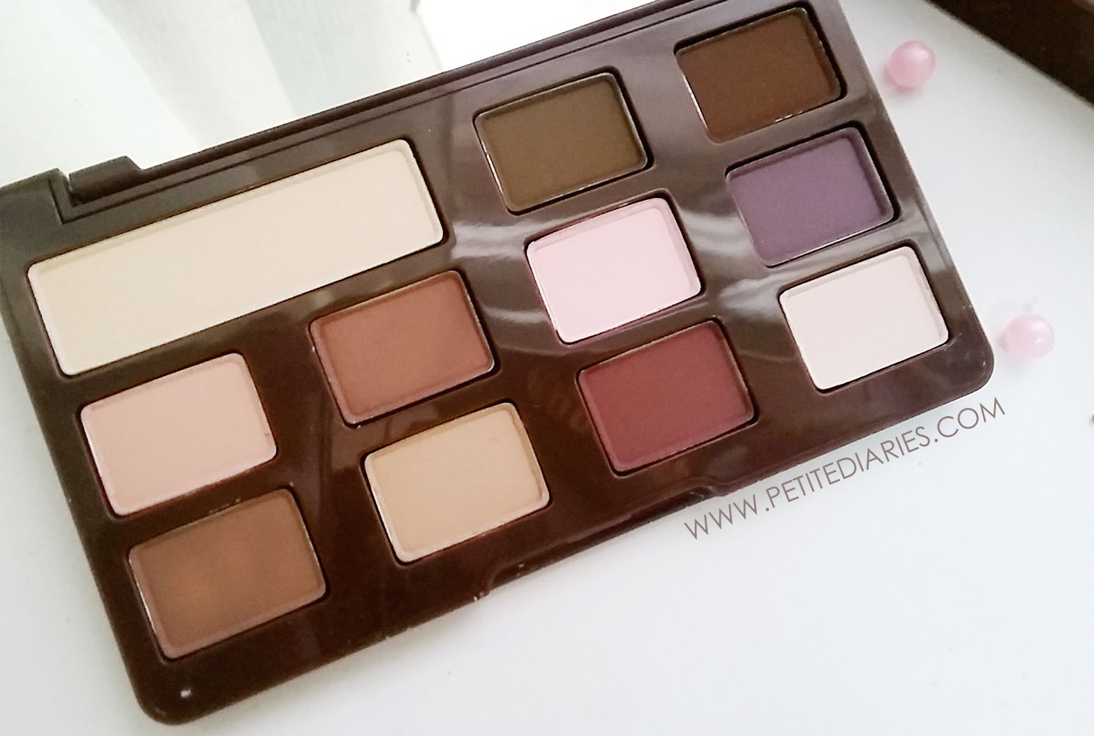 new too faced eye shadow review mini chocolate bar matte