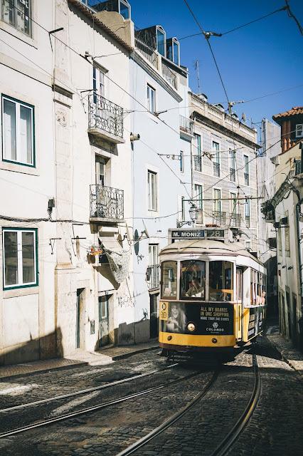 カルサーダ・デ・サン・ヴィセンテ(Calçada de São Vicente)