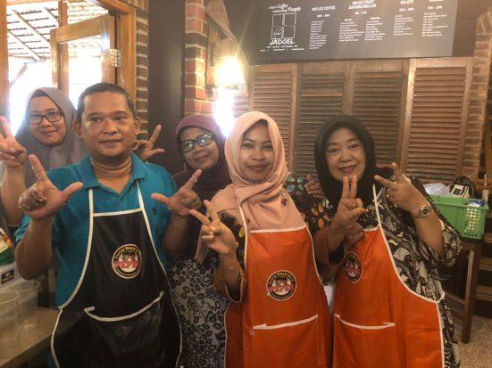 """Partai Emak-Emak Pendukung Prabowo-Sandi Gelar """"Makpreneur"""""""