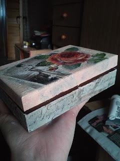 Decoupage'owe pudełeczka na różności