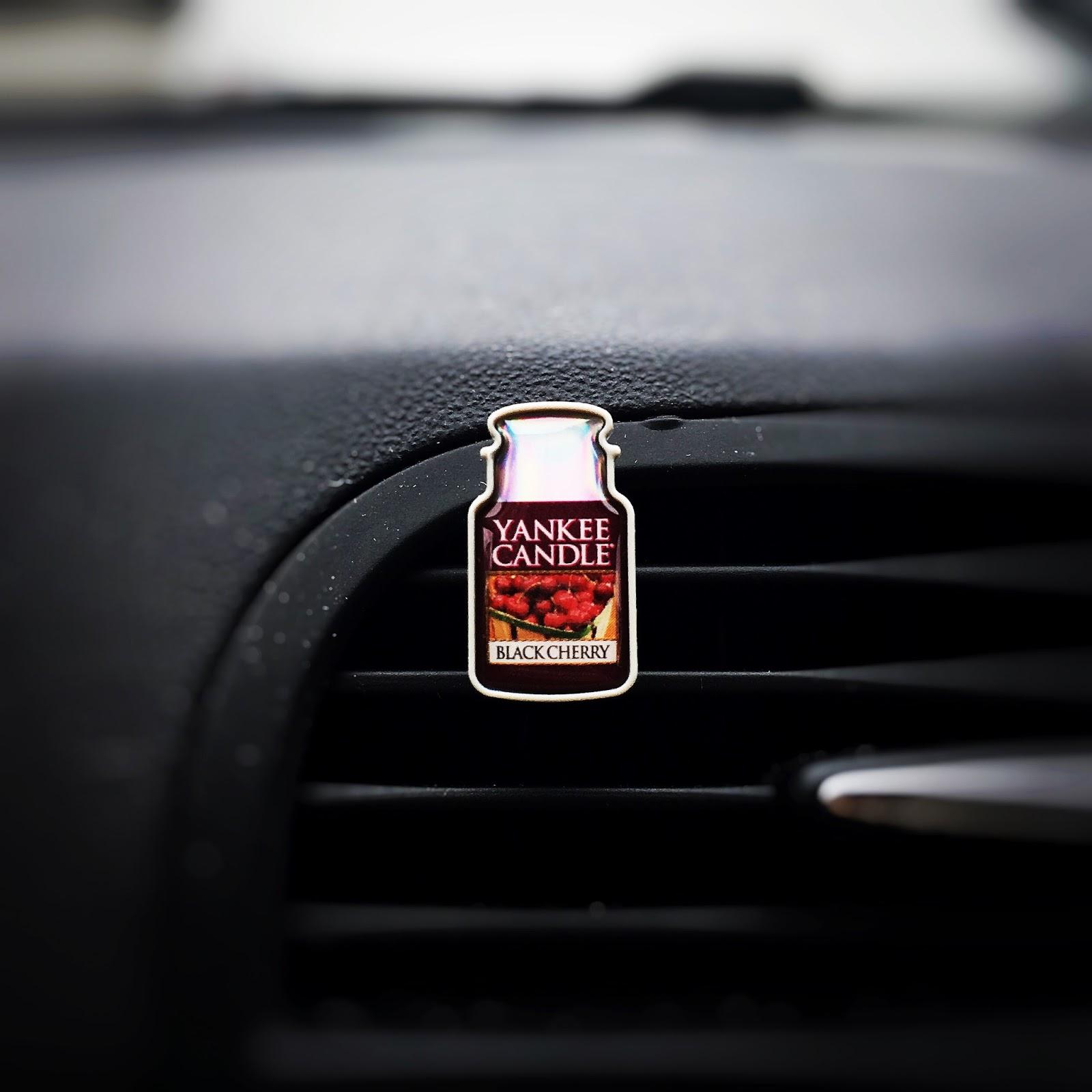 Pięknie pachnący samochód - car stick od Yankee Candle