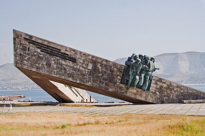El monumento Malaya Zemlya | Rusia