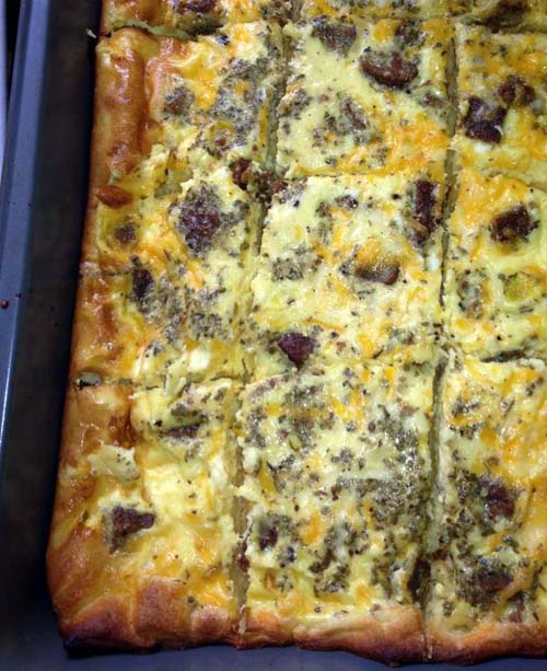 Sausage Crescent Roll Breakfast Casserole