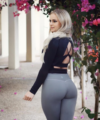 Anna Nystrom in yoga pants