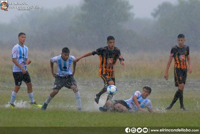 La lluvia opacó la presentación del Lobo en Santiago del Estero