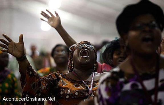 Mujeres pentecostales de África