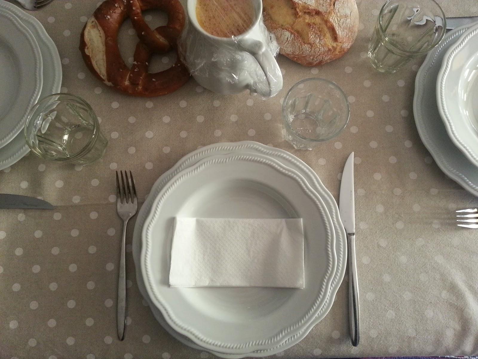 Come Apparecchiare La Tavola Galateo apparecchiare la tavola in modo semplice ed elegante