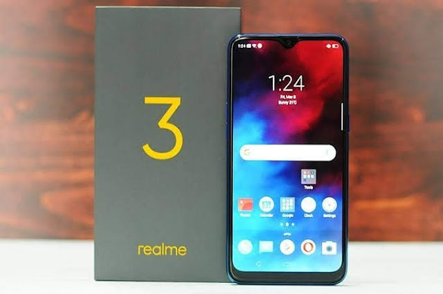 Realme 3 - Everything you need on a phone