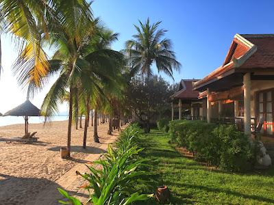 nha trang beach city, nha trang attractions, nha trang beautiful beach, vinpearl land nha trang, six senses nha trang