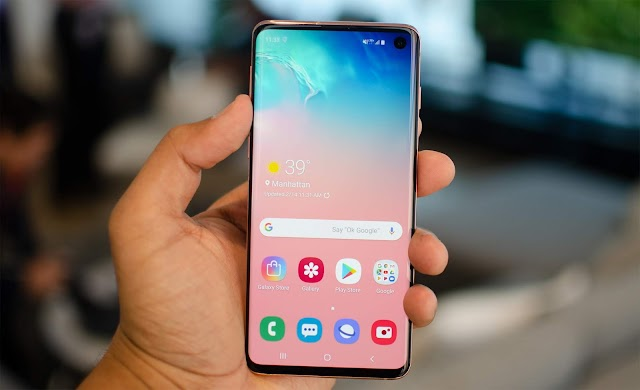 Download the Samsung Galaxy S10 stock wallpapers HD and 4K
