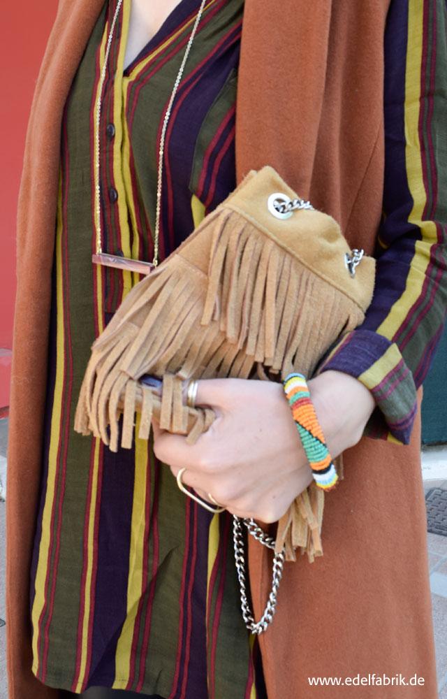 die edelfabrik, Outfit in schönen Herbstfarben, Fransentasche