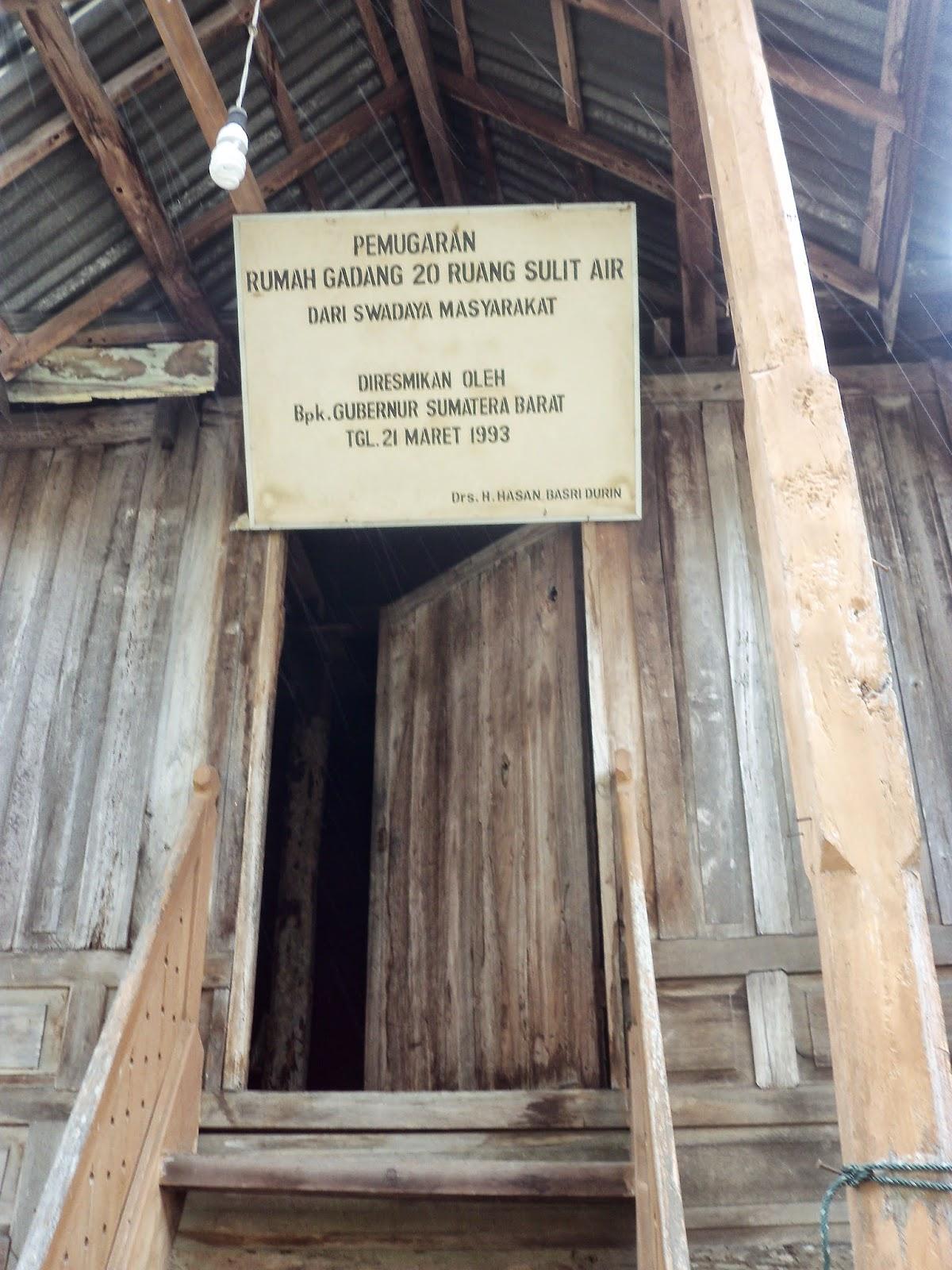 rumah gadang 20 ruang di sulit air, sumatera barat