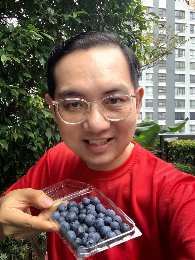 Have some blueberries today!