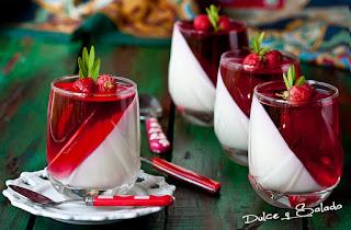 Pannacotta de Yogurt de Piña y Gelatina de Frambuesa