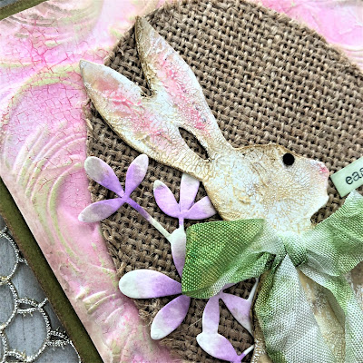 Frilly and Funkie https://frillyandfunkie.blogspot.com/2019/04/saturday-showcase-seth-apters-baked.html Spring Card Tutorial with Tim Holtz 3D Embossing Seth Apter Baked Velvet by Sara Emily Barker 21