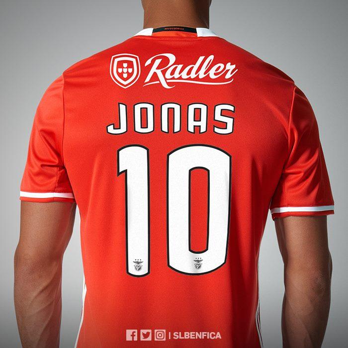 Jonas, Benfica, no Corinthians