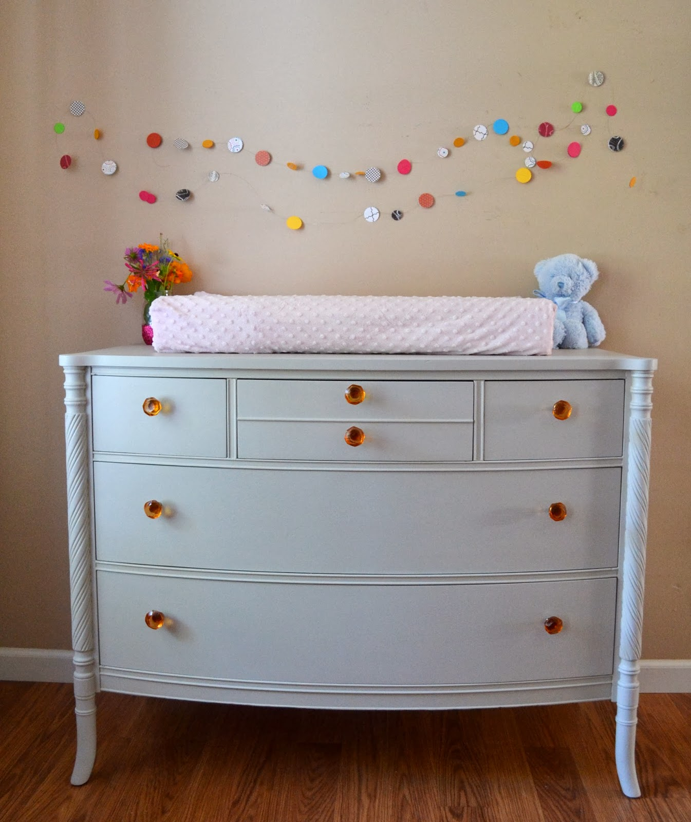 Baby Wickeltisch Helen Nichole Designs: Baby Changing Table