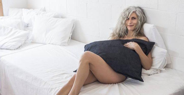 14 Reasons Why Men Prefer Women Over 40