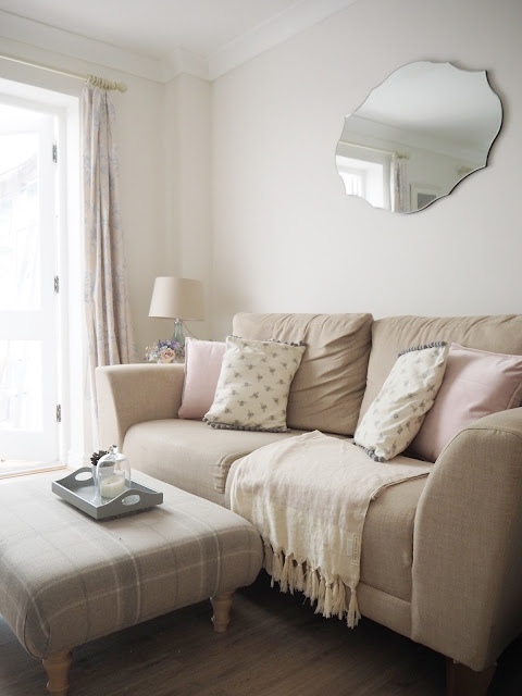 How to easily put your own stamp on a rented property, without the need for redecorating. Use soft furnishings, clever ways of displaying artwork, and personal touches to transform a rented home.