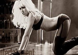Jessica Alba está gostosa e de quatro em imagem inédita de Sin City 2: A Dama Fatal