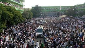 Sambangi Ponpes Mambaul Ulum, Prabowo Disambut Puluhan Ribu Santri dan Warga