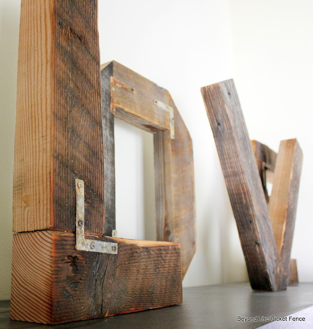 rustic wedding, love, letters, reclaimed wood, industrial, rust, http://bec4-beyondthepicketfence.blogspot.com/2015/07/rustic-love.html