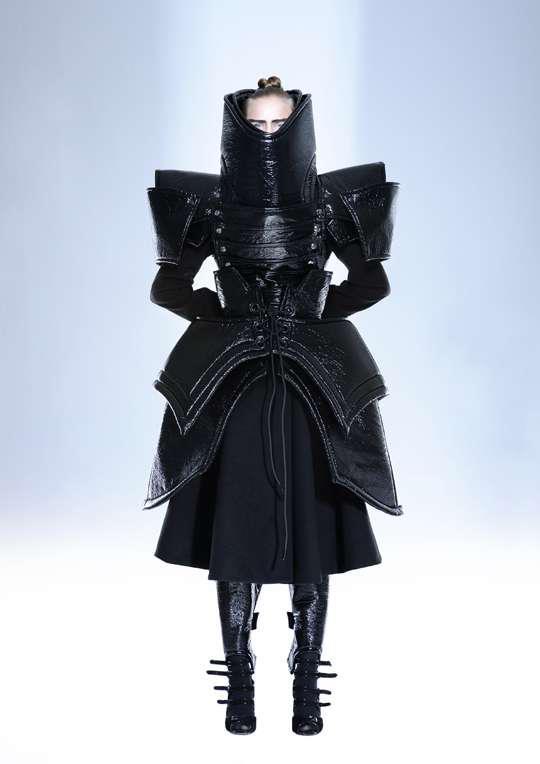 Coco 的美術館: 日本武士和變形金剛科幻時尚攝影