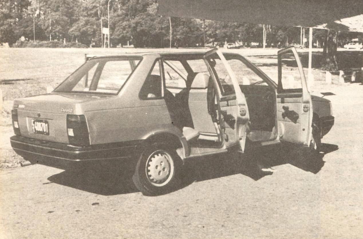 archivo de autos: fiat duna sd, un auto económico