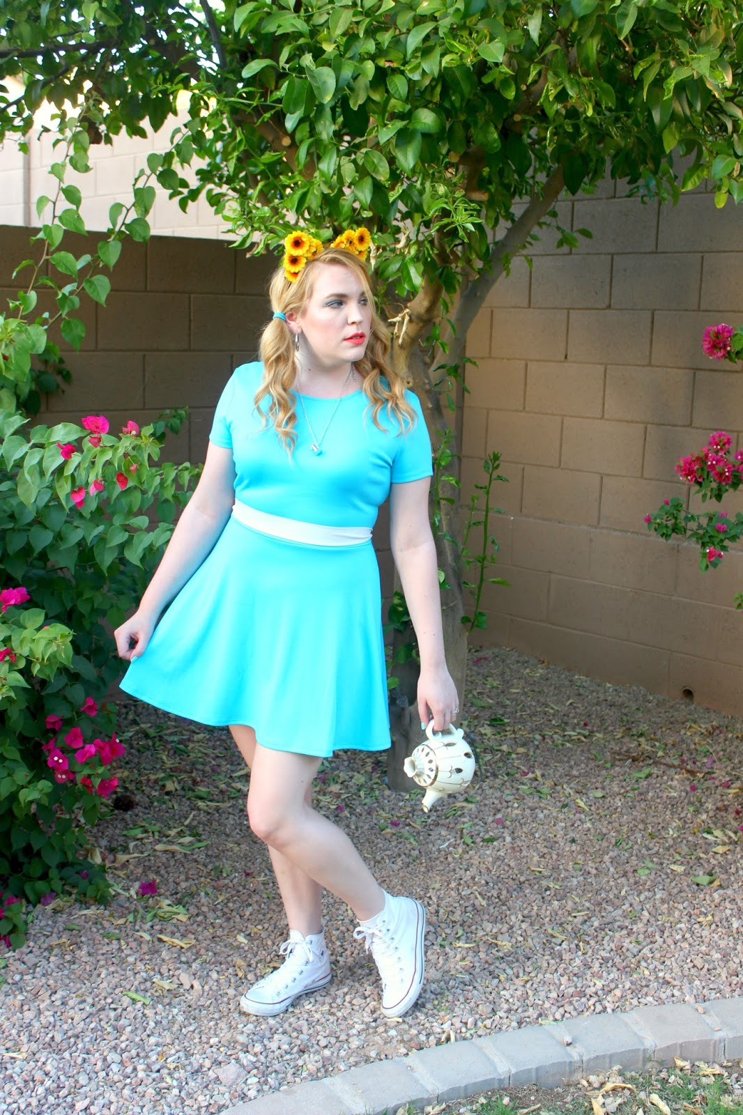 Diaries of a Sunflower: Alice in Wonderland Inspired Outfits!