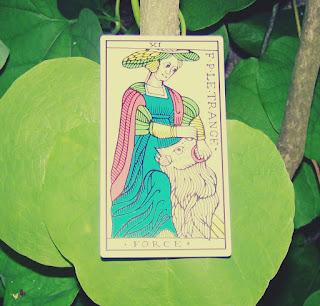 Tarot, astrologia i sny kontra zachodnia medycyna