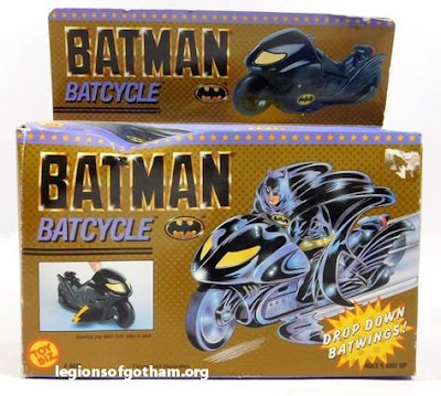 Toy Biz  BatCycle Vehicle