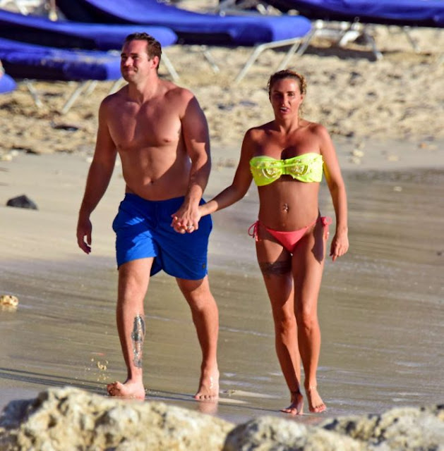 Katie Price in Bikini on the beach in Barbados