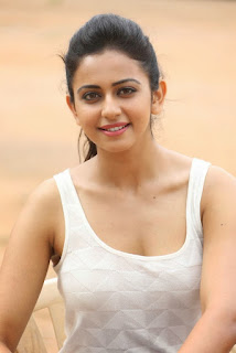 Rakul Preet Singh On Journalism